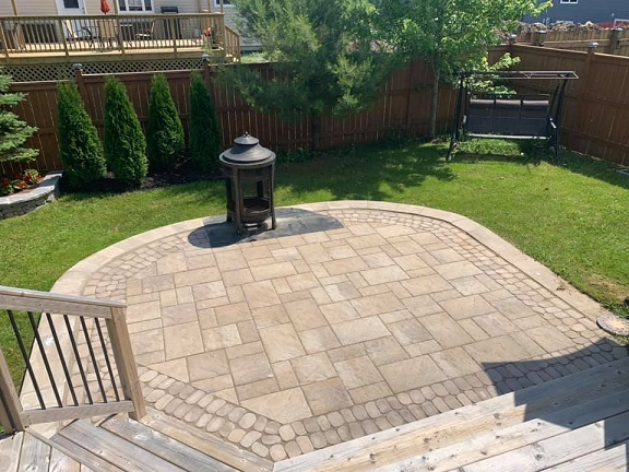 Outdoor firepit with patio