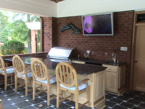 enclosed outdoor entertainment area