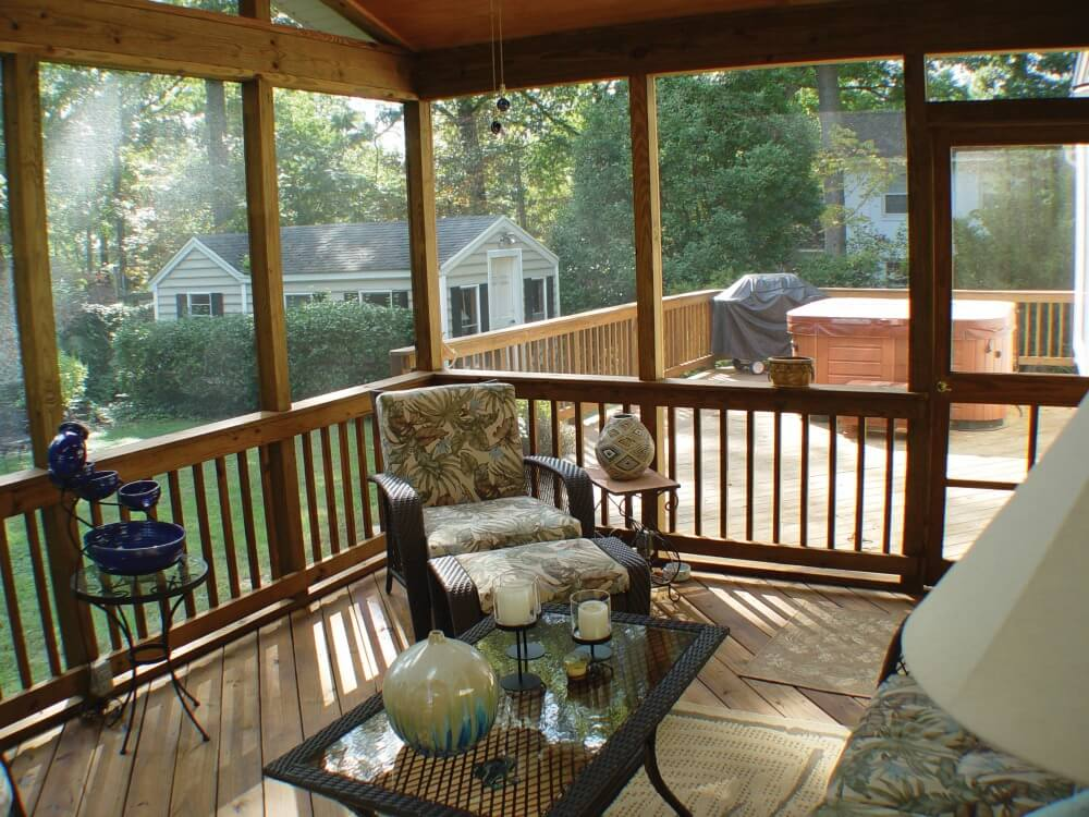 Screened porch and deck with hot tub