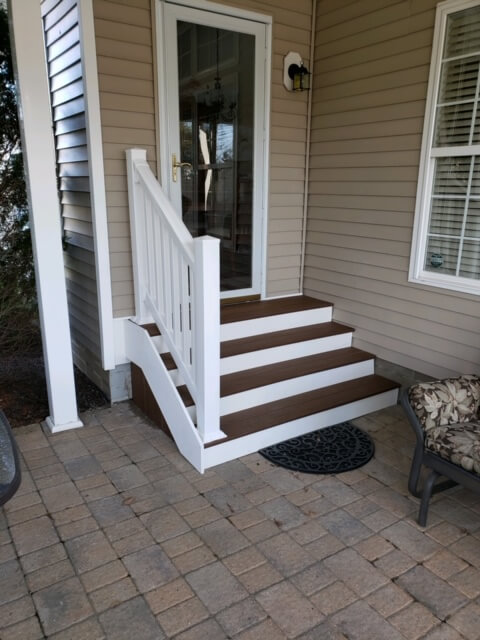 Patio steps with railing