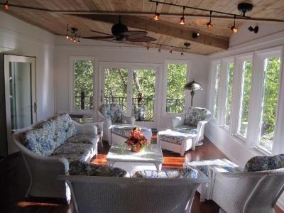 sunroom with furniture