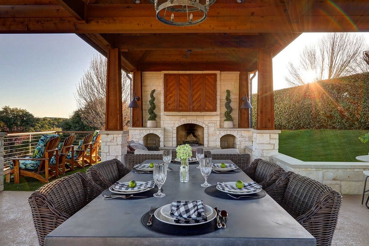 outdoor patio with dining area
