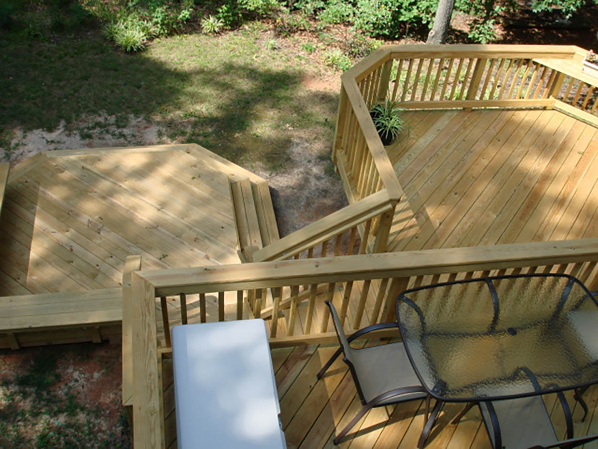 Custom multi-level deck