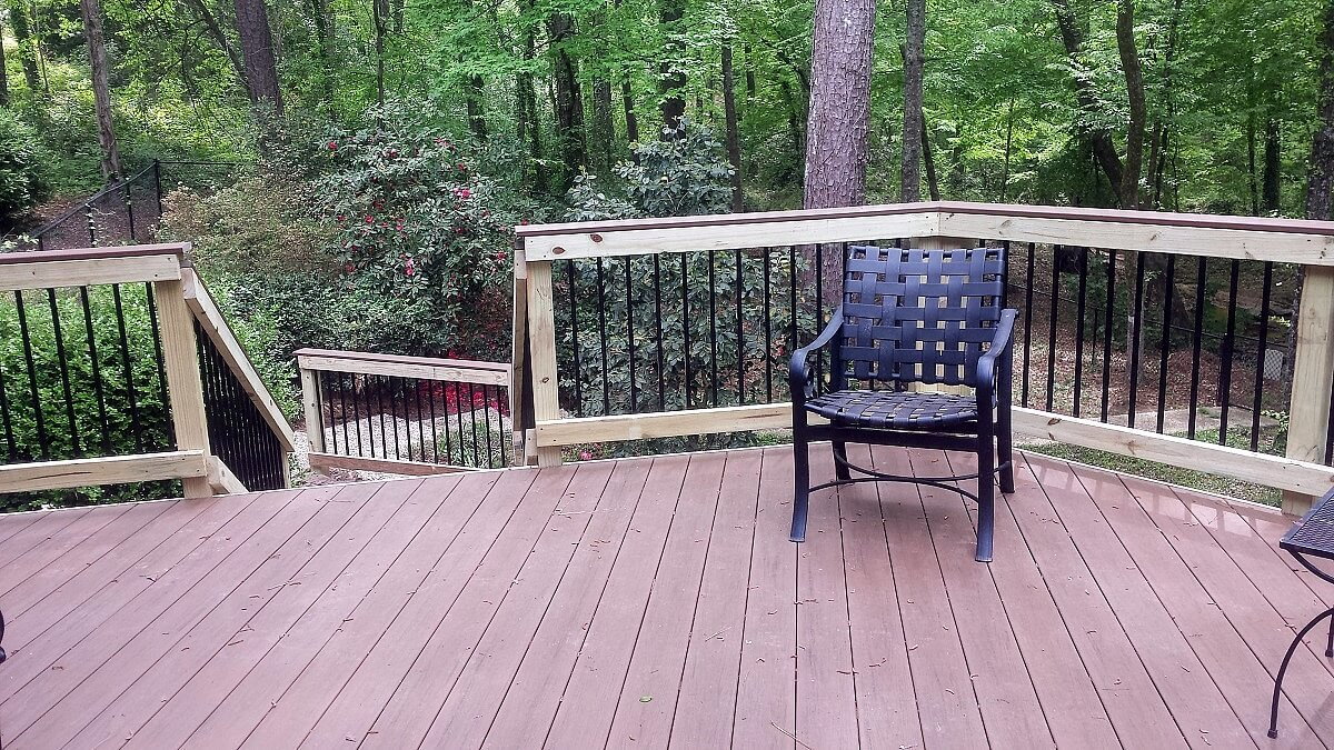Backyard deck with black chair