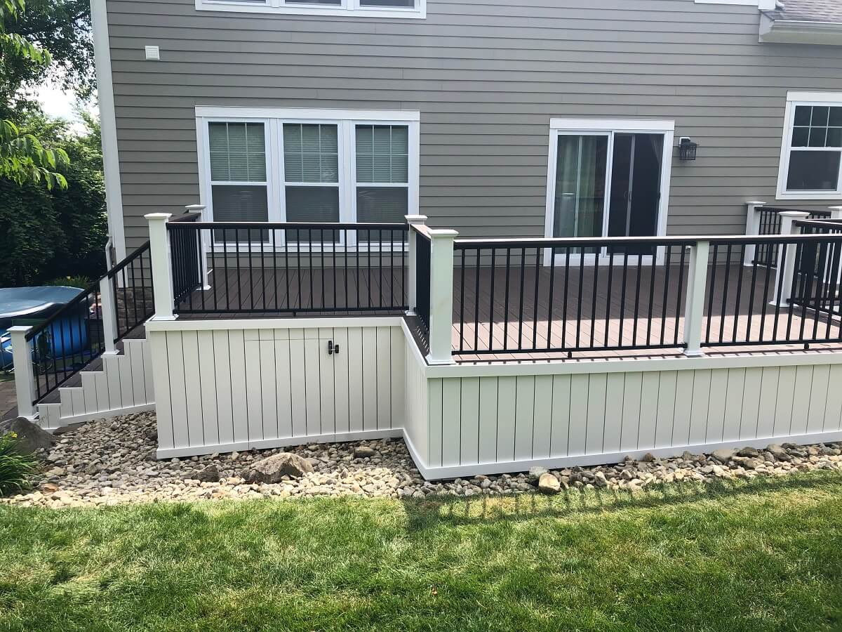 New backyard deck details
