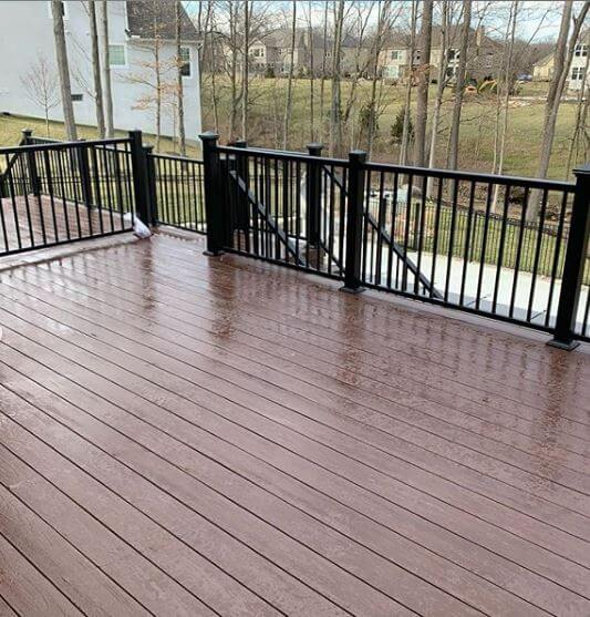 Deck floor and railing