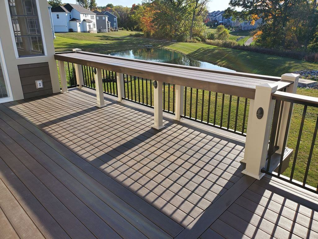 Deck floor detail and custom railing with bar area