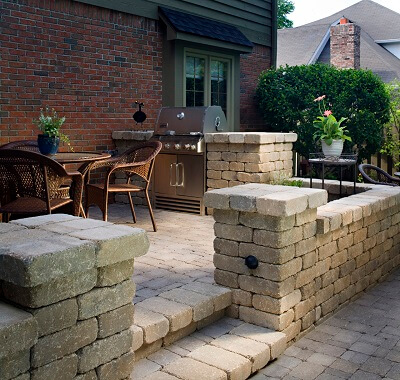 Multi-level patio with retaining wall