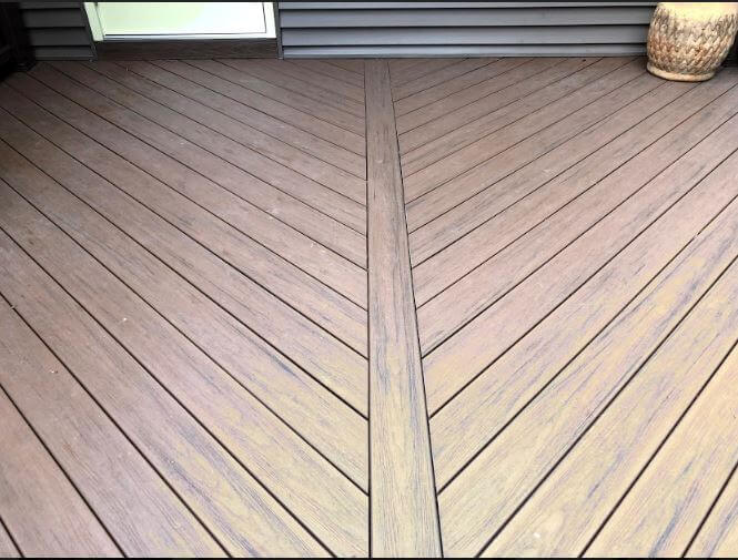 Deck floor detail