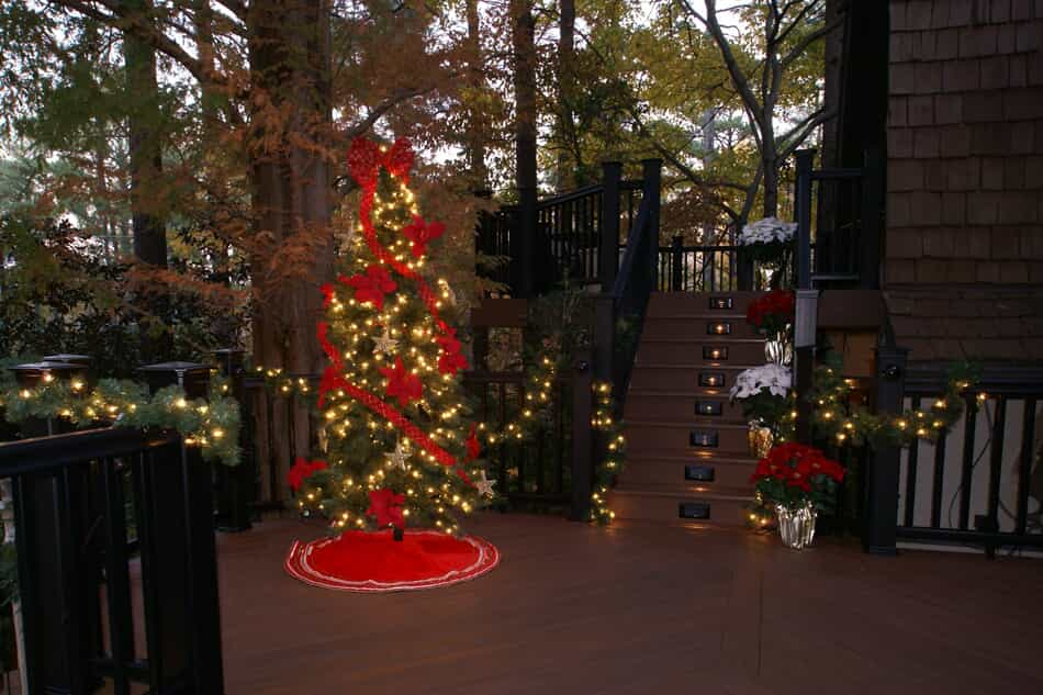 this columbia SC screened porch is holiday ready