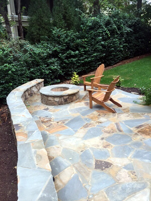 Mooresville fire pit and seating wall