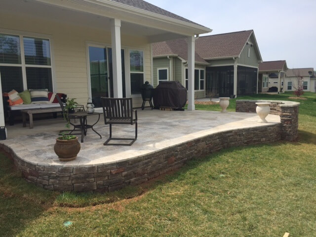 Charlotte Raised Patio With Hardscape Retaining Wall 1)