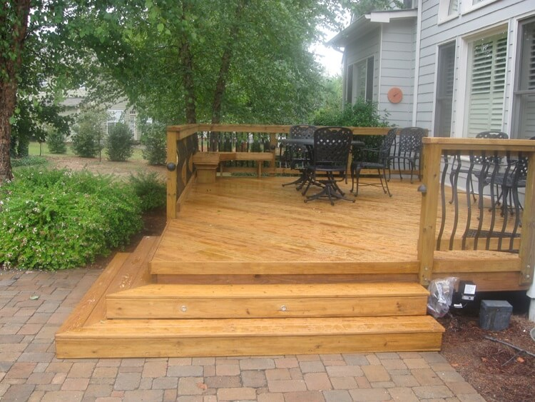 Charlotte Wood Deck With Baroque Pickets And Patio 1)
