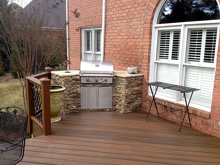 Trex Charlotte Trex Deck With Stacked Stone Outdoor Kitchen Dilworth Charlotte NC 1)