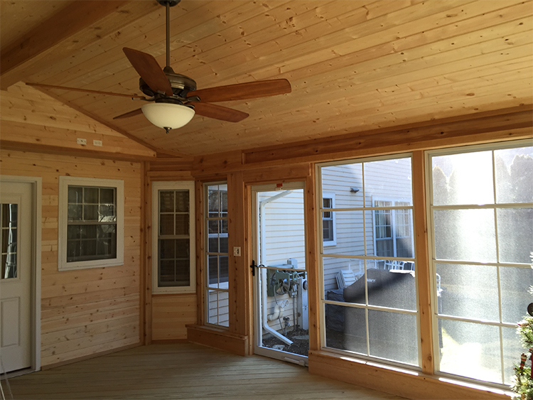 lodge-style screened porch