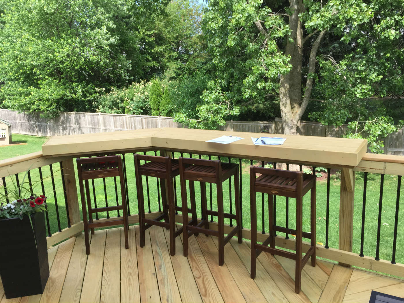 Wood deck with build in bar