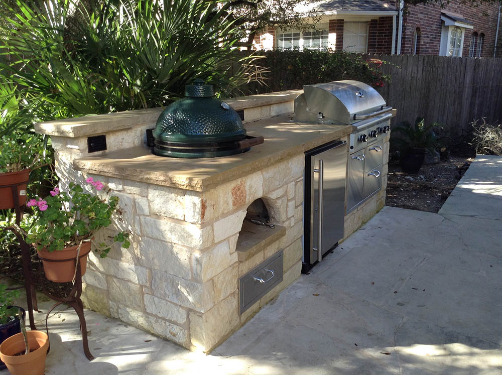 stone built in kitchen outdoors