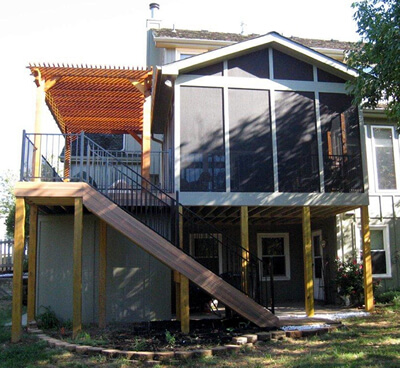 porch with deck and pergola