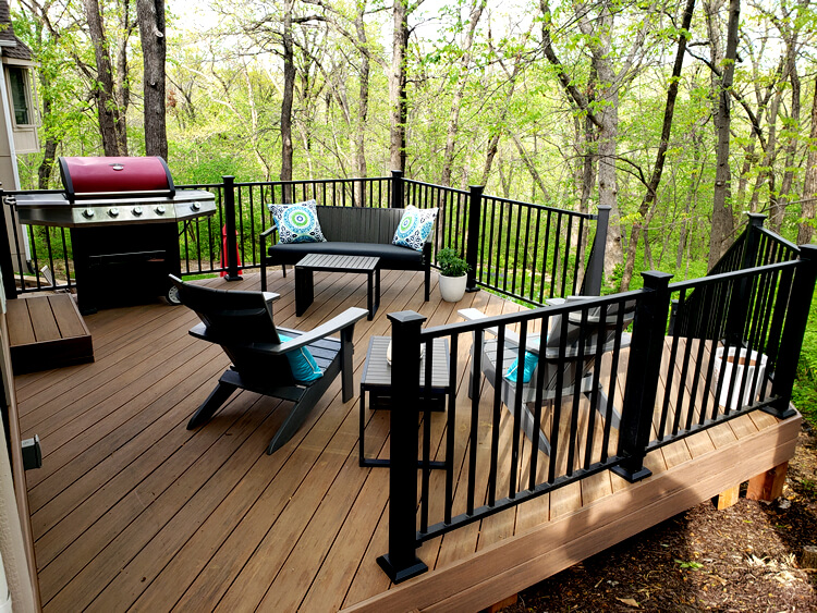 Custom deck with outdoor kitchen