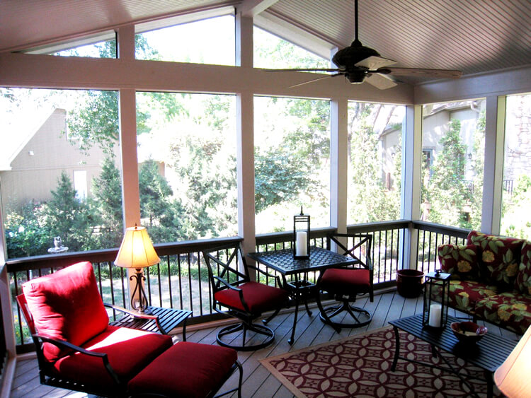 Cozy screened porch with railing