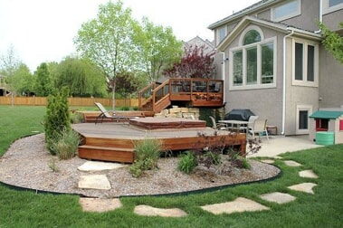 Multi-level Ipe deck with a hot tub