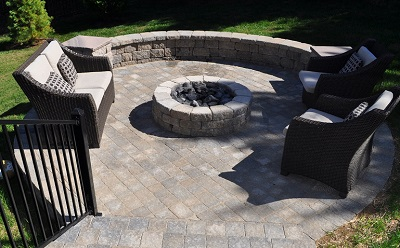 We have the technical expertise to prevent your new patio from settlemet and seasonal movement