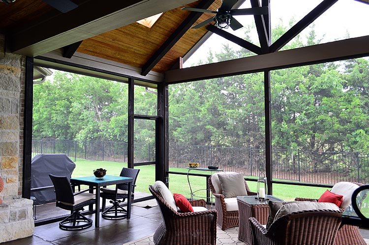 Heath TX Screened Patio With SCREENEZE Porch Screening
