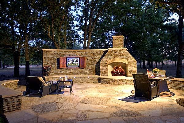 Austin Outdoor Fireplace and Patio Combination