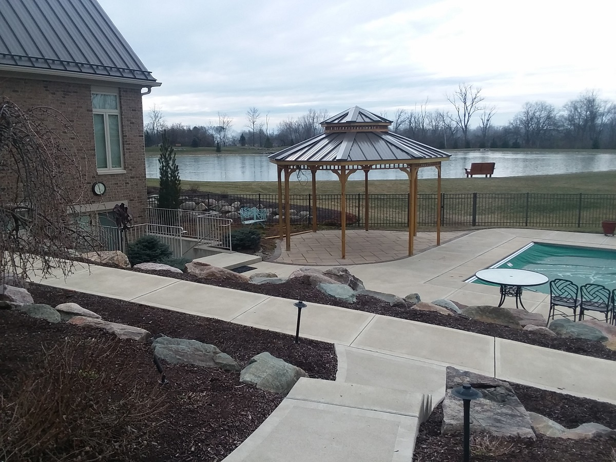 Custom poolside gazebo in Washington Township, OH