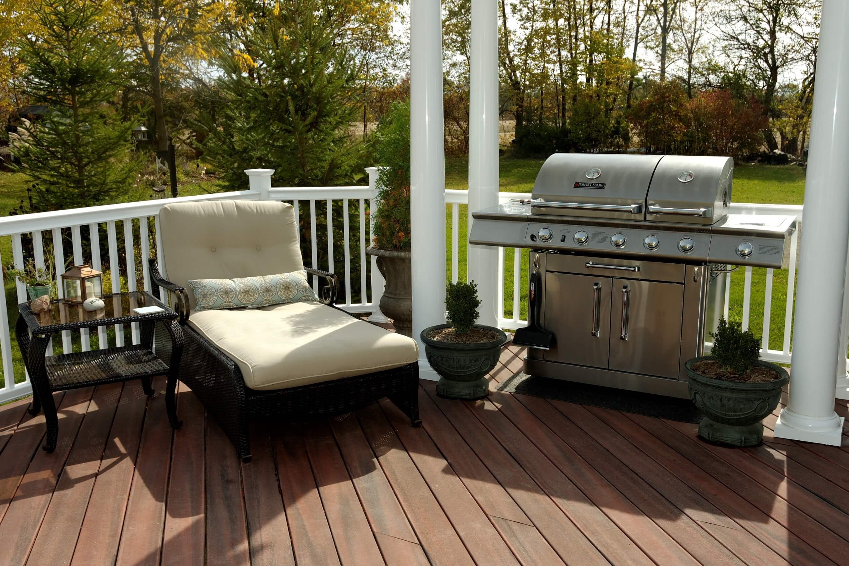 Deck with barbeque