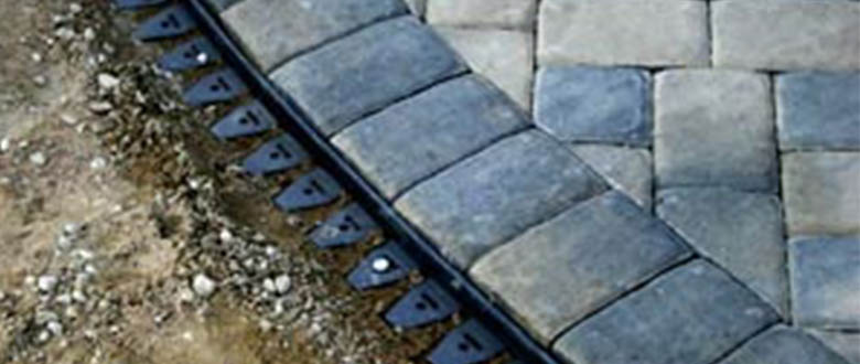 flexible edging for stone pavers